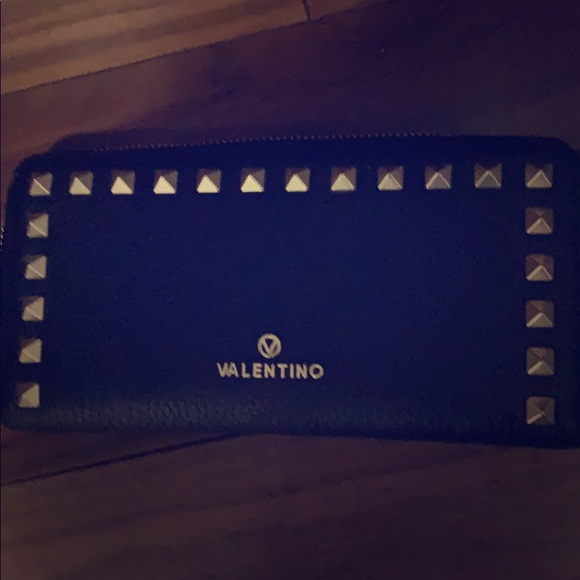 Mario Valentino authentic